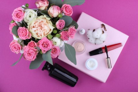 5 must have products for makeup lovers
