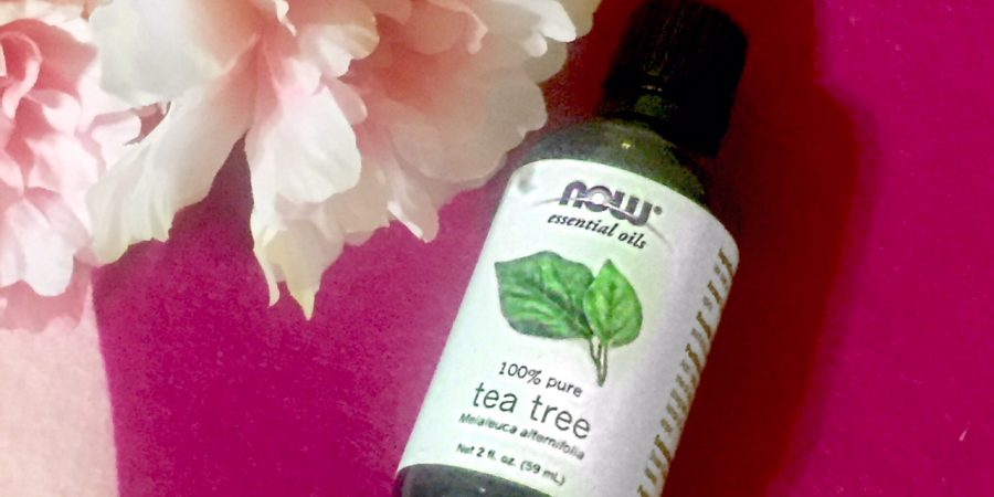 essential oils that solve common skin problems- tea tree oil