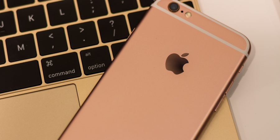 Christmas gift ideas for apple-fans